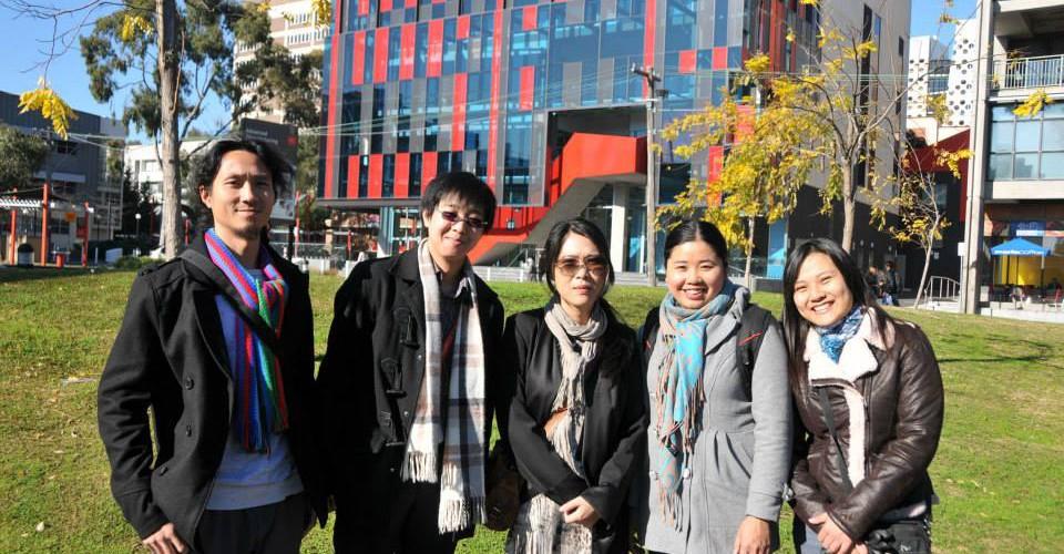 Our visit to Swinburne University in Jun 2012